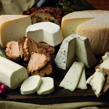 Halav Israel dairy products