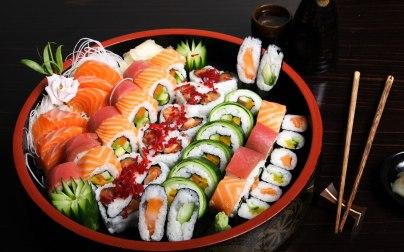 sushi-wall-2